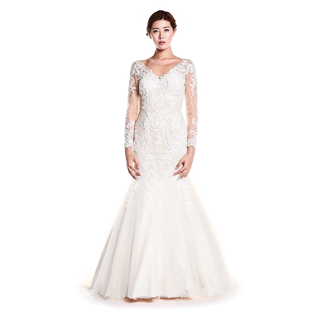 Beautiful wedding dresses, bridesmaid, prom & occasion dresses!